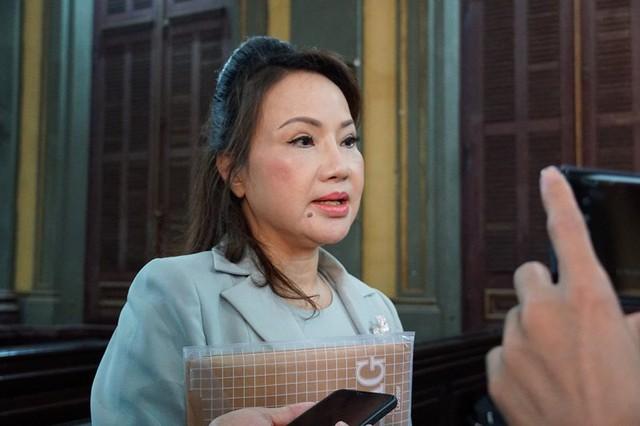 Tòa buộc Eximbank phải trả gốc và lãi cho bà Chu Thị Bình - Ảnh 2.
