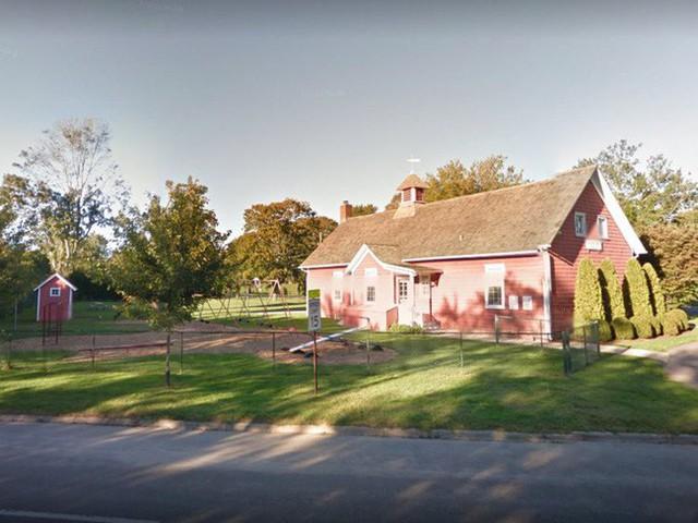 Bên trong ngôi làng toàn dinh thự triệu đô ở Mỹ - Ảnh 13.