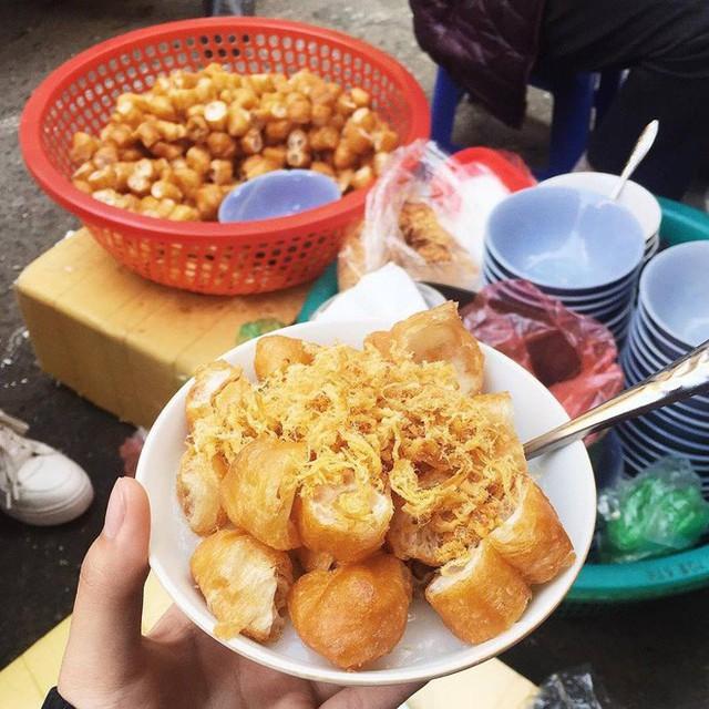 Hà Nội cũng có những ngõ nhỏ bán đồ ăn vặt trứ danh cực thích hợp với thời tiết bây giờ - Ảnh 11.