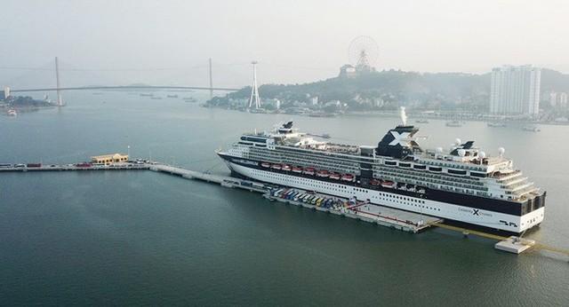 Hạ Long: Cảng tàu khách nghìn tỉ đón chuyến tàu quốc tế hạng sang đầu tiên - Ảnh 1.