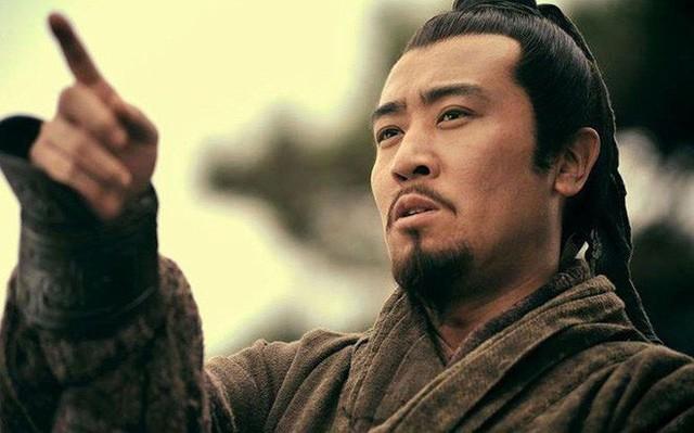 3 lần cất công đi mời Gia Cát Lượng, Lưu Bị chỉ ra bài học để đời về cách tuyển nhân tài - Ảnh 2.