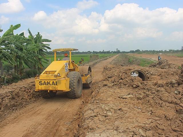 Nguy cơ dừng dự án cao tốc Trung Lương - Mỹ Thuận - Ảnh 1.