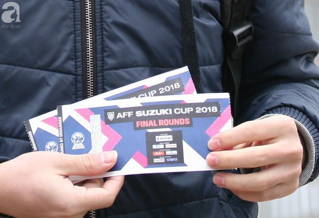 Vé trận chung kết AFF Cup 2018 tăng chóng mặt, cò hét giá 15 triệu/cặp - Ảnh 5.