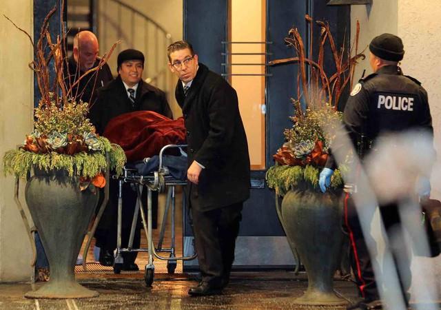 Lật lại cái chết bí ẩn của vợ chồng tỷ phú Canada: Một năm trôi qua, hung thủ vẫn bặt vô âm tín - Ảnh 1.