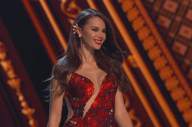 Không chỉ sở hữu nhan sắc chinh phục cả thế giới, Tân Hoa hậu Hoàn Vũ 2018 còn khiến fan ngây ngất vì sở hữu bí mật khủng này - Ảnh 1.