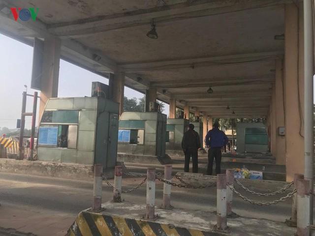 """Hình ảnh trạm BOT Bắc Thăng Long – Nội Bài """"thất thủ"""" do lái xe phản đối - Ảnh 11."""