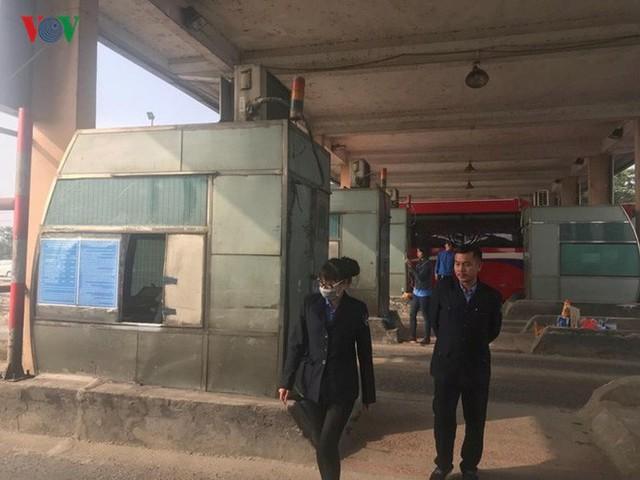 """Hình ảnh trạm BOT Bắc Thăng Long – Nội Bài """"thất thủ"""" do lái xe phản đối - Ảnh 14."""