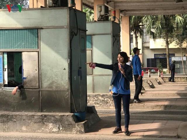 """Hình ảnh trạm BOT Bắc Thăng Long – Nội Bài """"thất thủ"""" do lái xe phản đối - Ảnh 5."""