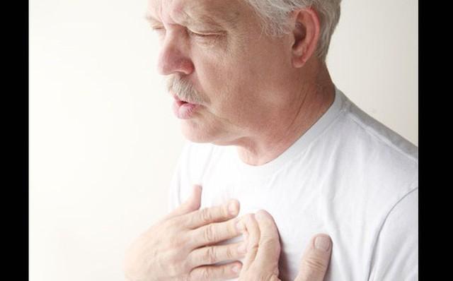 Hơn 20.000 người Việt tử vong do ung thư phổi mỗi năm: Phát hiện bệnh sớm để sống lâu hơn - Ảnh 2.
