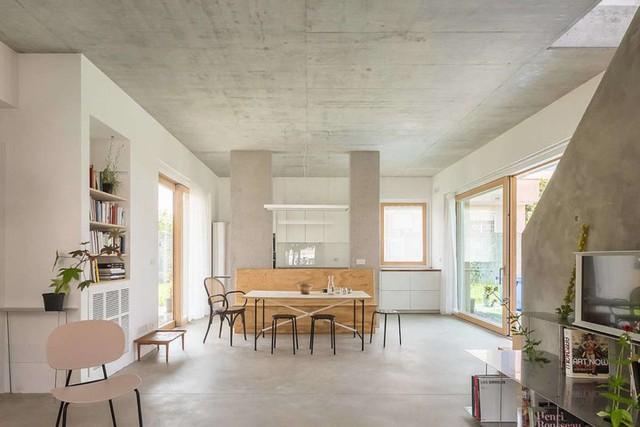 Ngôi nhà được xử lý để thông gió và đón nắng tốt - Ảnh 7.