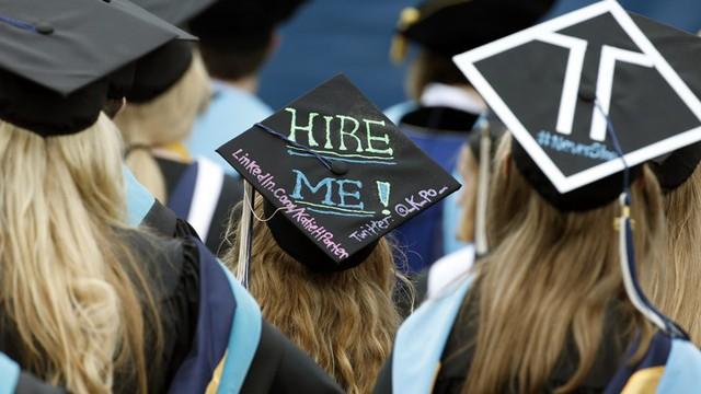 Để có được công việc với mức lương mơ ước trong năm 2019, đây là 4 bước mà các bạn trẻ nhất định phải thực hiện trước khi vào trường đời  - Ảnh 3.