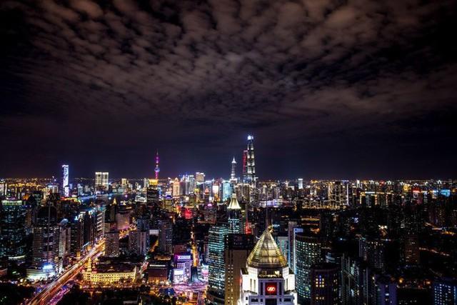 10 quốc gia tập trung nhiều người siêu giàu nhất thế giới - Ảnh 9.
