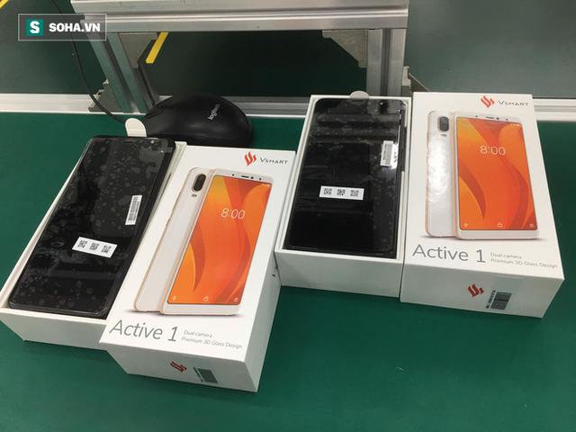 Trước Vsmart, đây là những chiếc điện thoại made in Việt Nam đình đám một thời - Ảnh 7.