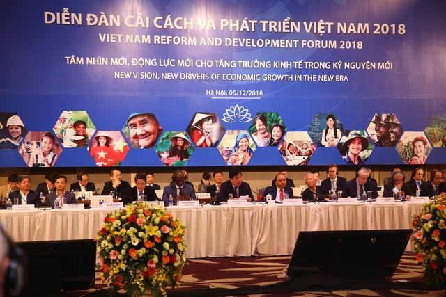 World Bank chỉ rõ 4 vấn đề Việt Nam cần ưu tiên để trở thành quốc gia có thu nhập trung bình cao - Ảnh 2.