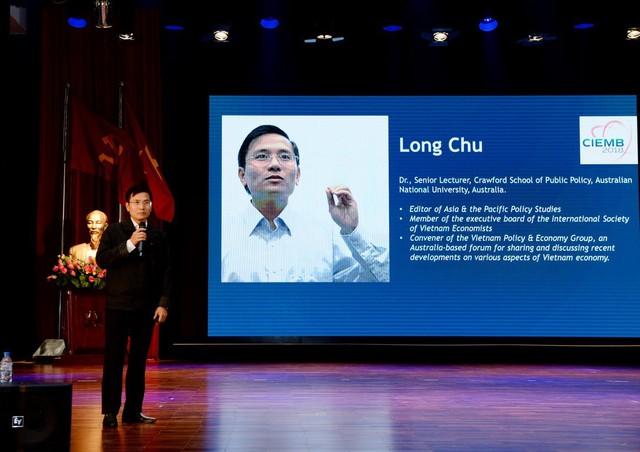 Chuyên gia quốc tế nói về thách thức, thời cơ của nền kinh tế Việt Nam - Ảnh 4.
