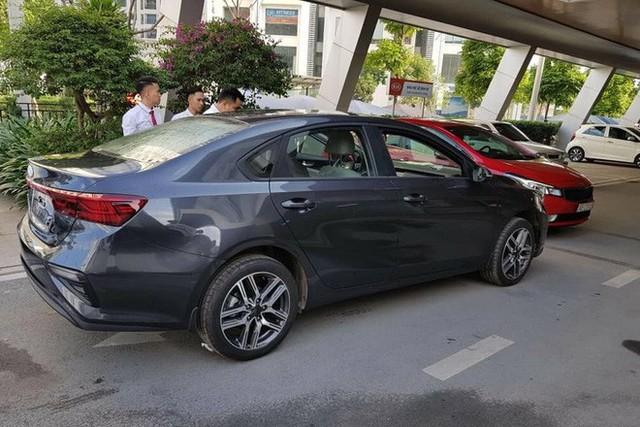 Lộ những thông số đầu tiên của Kia Cerato 2019 tại Việt Nam: Kích thước lớn bậc nhất phân khúc, hộp số gây bất ngờ - Ảnh 3.