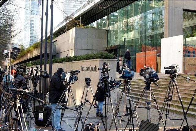 Phó chủ tịch Huawei ra tòa ở Canada - Ảnh 1.