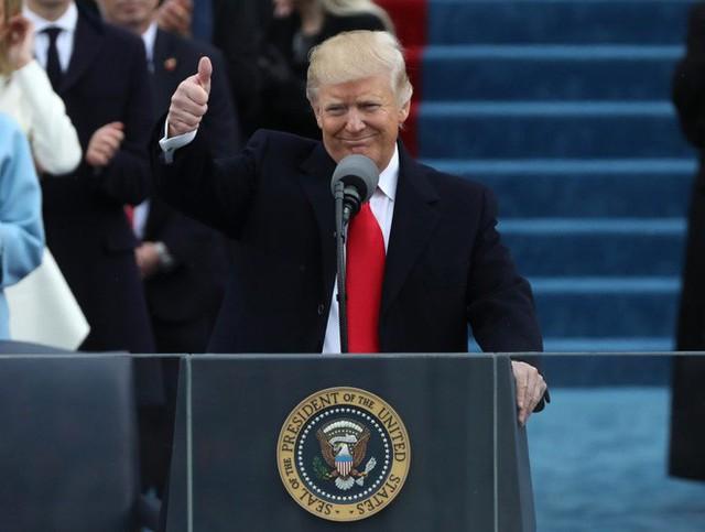 Thông điệp Liên bang của ông Trump: Cuộc chiến khách mời và 3 năm nhớp nhúa của nước Mỹ - Ảnh 1.