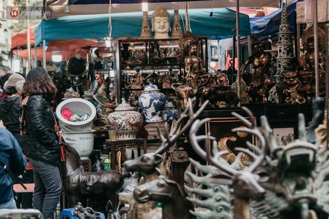 Chùm ảnh: Ghé thăm chợ hoa truyền thống lâu đời nhất Hà Nội - cả năm chỉ họp đúng một phiên duy nhất - Ảnh 16.