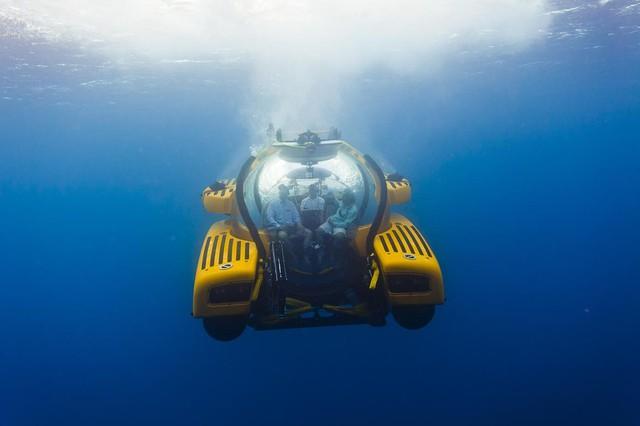 Thú chơi độc mới xuất hiện của giới siêu giàu: Du lịch thế giới đại dương bằng tàu lặn cao cấp với giá tới 40 triệu USD - Ảnh 4.