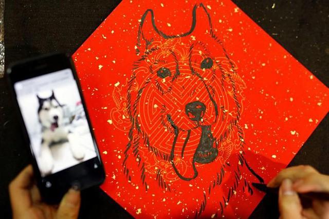 Châu Á ngập tràn sắc đỏ cùng linh vật chú chó chào Tết Nguyên Đán - Ảnh 4.