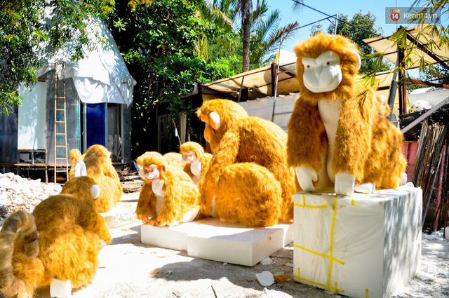 Nhìn lại hình ảnh những linh vật ở đường hoa Nguyễn Huệ trong 5 năm trở lại đây - Ảnh 10.