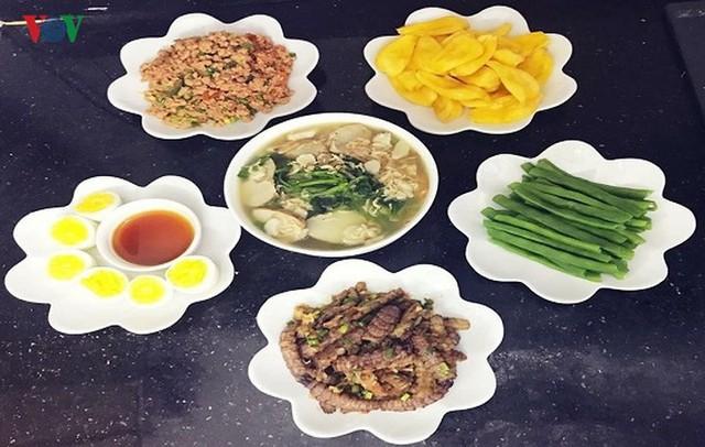 Những loại thực phẩm hút khách ngày Tết - Ảnh 18.