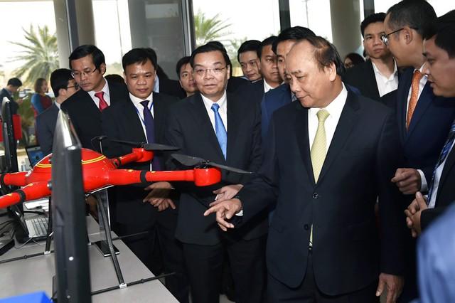 Thủ tướng: Đưa Khu công nghệ cao Hòa Lạc là nơi khởi nghiệp tốt nhất - Ảnh 2.