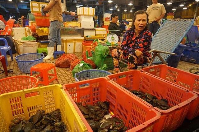 Nhộn nhịp chợ cá lóc trước ngày vía Thần tài   - Ảnh 14.