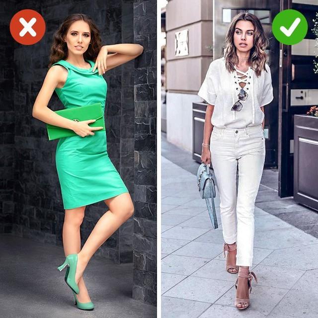 Bắt lỗi 5 kiểu ăn mặc khiến bạn già đi cả chục tuổi - Ảnh 2.