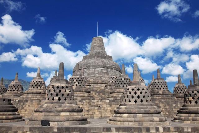 Ngôi đền Phật giáo lớn nhất thế giới: Nơi ngắm bình minh và hoàng hôn tuyệt đẹp! - Ảnh 11.