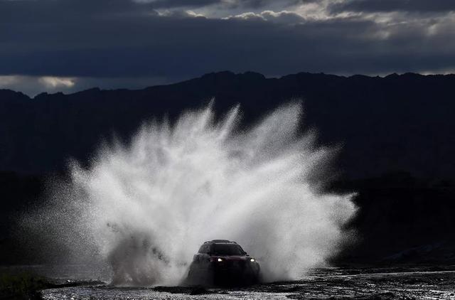 Khám phá giải đua xe địa hình xuyên sa mạc khốc liệt nhất hành tinh Dakar Rally - Ảnh 5.