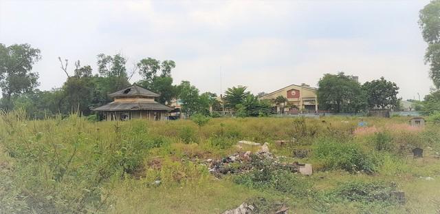 """Di dời nghĩa trang sắp đã đi vào hoạt động, đất khu Bình Hưng Hòa càng ngày càng """"nóng"""" - Ảnh 1."""