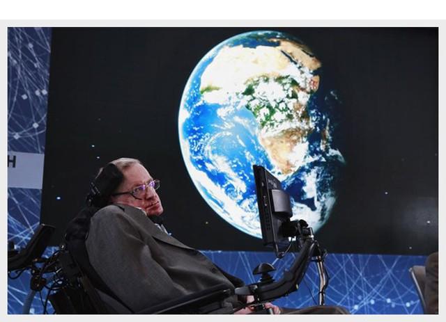 Cuộc đời sóng gió của Stephen Hawking: Bộ óc thiên tài trong thân hình teo tóp, hạnh phúc mỉm cười dưới vực thẳm bi quan - Ảnh 12.