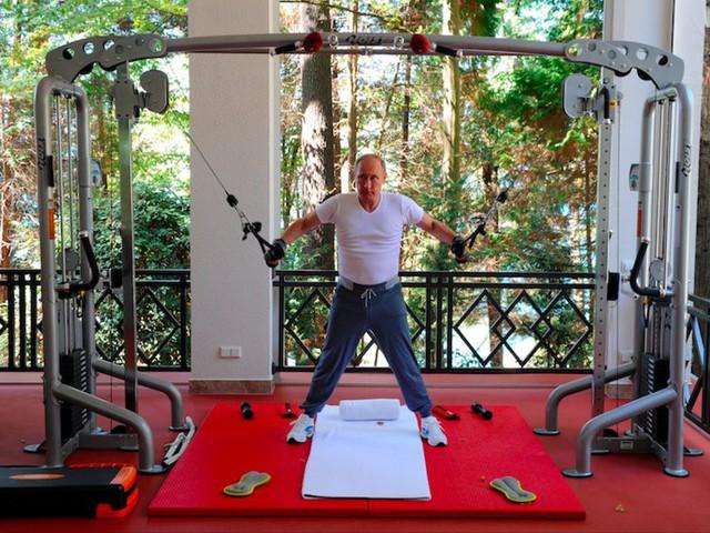 Đây là lý do giải thích vì sao tổng thống Putin luôn xuất hiện với diện mạo chỉn chu và hoàn hảo nhất! - Ảnh 1.