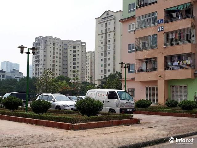 Hà Nội: Những chung cư mới nhếch nhác, xấu xí, không muốn bước vào - Ảnh 3.