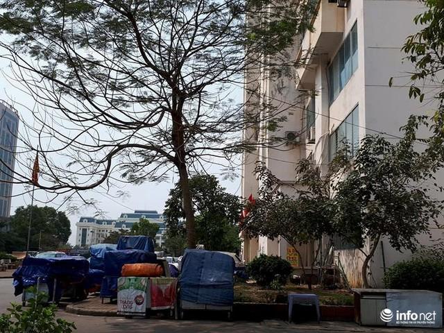 Hà Nội: Những chung cư mới nhếch nhác, xấu xí, không muốn bước vào - Ảnh 4.