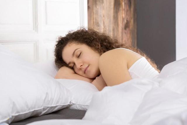 Tác hại không thể ngờ của những tư thế ngủ quen thuộc: Đọc và thay đổi ngay để cơ thể không còn nhức mỏi - Ảnh 7.