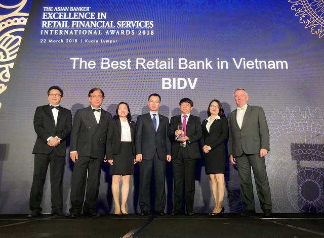 Năm thứ 4 không ngừng nghỉ BIDV được The Asian Banker vinh danh Ngân hàng bán lẻ tốt nhất Việt Nam - Ảnh 1.