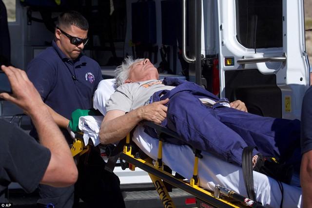 Tin rằng trái đất hình phẳng, người đàn ông 61 tuổi tự bắn mình lên không trung bằng tên lửa tự chế để kiểm nghiệm - Ảnh 2.
