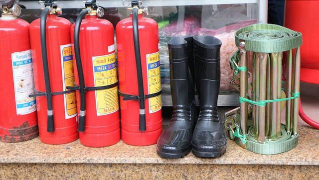 Tâm thư của một lính cứu hỏa sau vụ cháy chung cư Carina: Chả có nhà nào an toàn 100% cả, do ý thức con người cả thôi! - Ảnh 4.