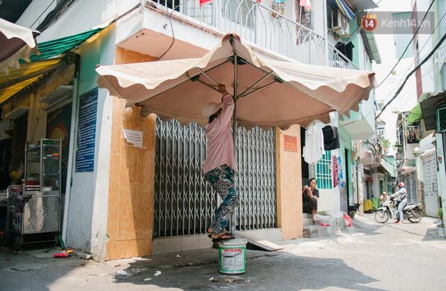 """Cô bán cơm dễ thương hết sức ở Sài Gòn: 10 ngàn cũng bán, khách nhiêu tiền cũng có cơm ăn"""" - Ảnh 15."""