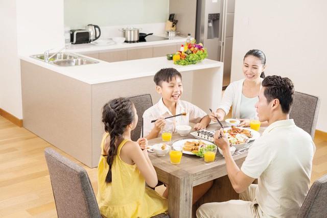 4 bài học tuyệt vời cha mẹ hãy dạy con ngay từ phòng bếp - Ảnh 3.