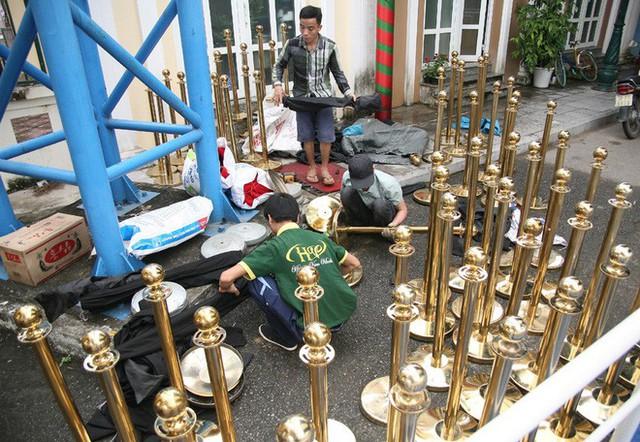 Cận cảnh Lễ hội hoa hồng Bulgaria lần thứ 2 trước giờ khai mạc  - Ảnh 21.