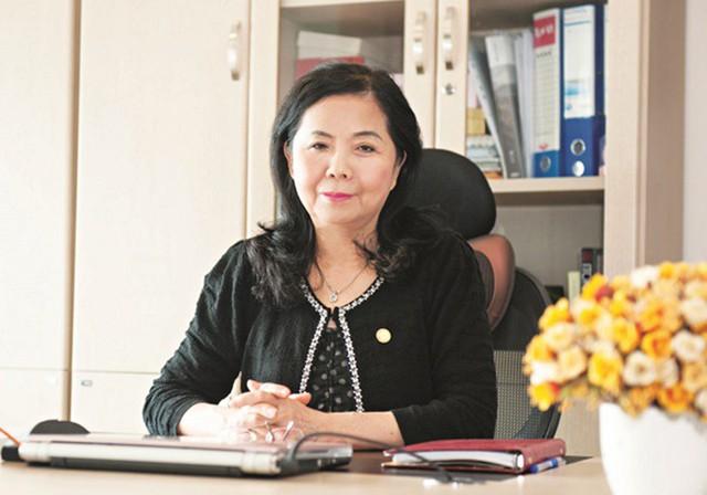 Những nữ tướng quyền lực trên sàn chứng khoán Việt - Ảnh 2.