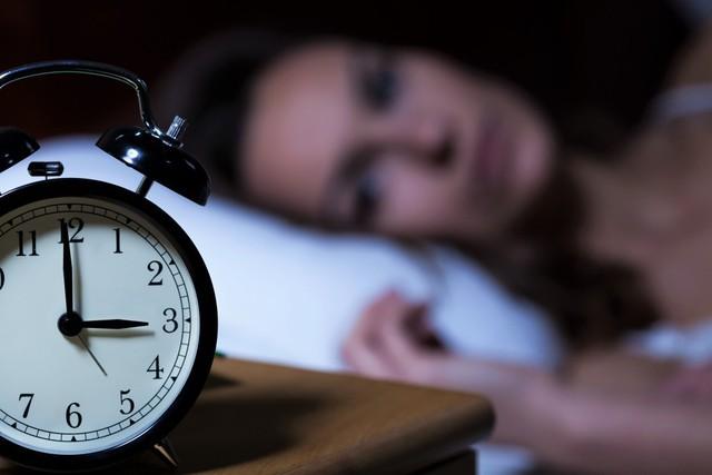 Nguyên nhân không ngờ gây mất ngủ, nhiều người mắc mà không biết - Ảnh 1.