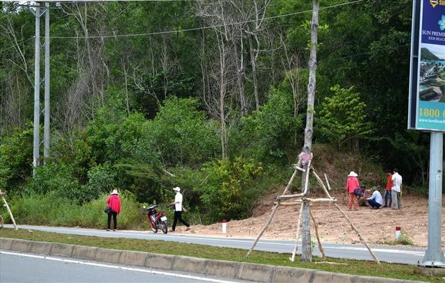 Chùm ảnh: Muôn kiểu rao phân phối ở chợ đất khổng lồ Phú Quốc - Ảnh 9.