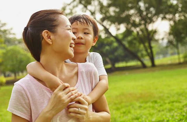 Chỉ 5 phút mỗi ngày làm việc siêu đơn giản này, bạn đang tạo nên một khác biệt lớn cho con - Ảnh 2.