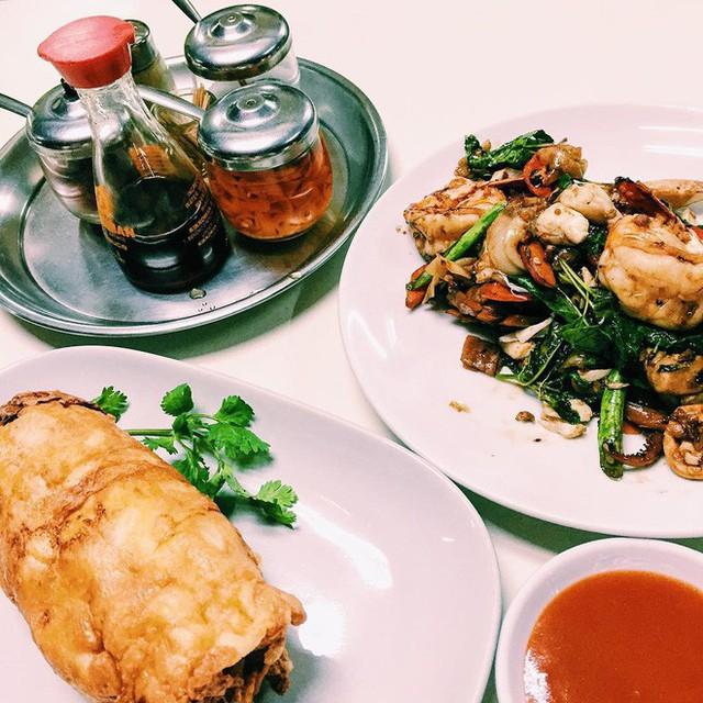 Quán ăn vỉa hè giá cao như nhà hàng đạt được ngôi sao Michelin danh giá ở Thái Lan, mỗi ngày chỉ phục vụ đúng 50 khách - Ảnh 8.