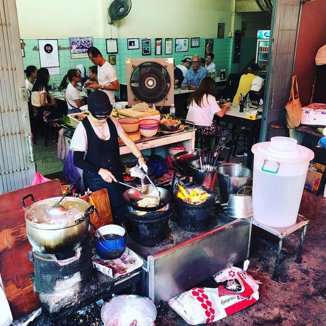Đến bây giờ Michelin mới chỉ trao sao cho 3 quán ăn vỉa hè, , và tất cả chúng đều rất nhiều gần Việt Nam - Ảnh 14.